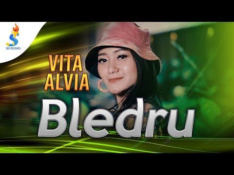 Смотреть клип Vita Alvia - Bledru