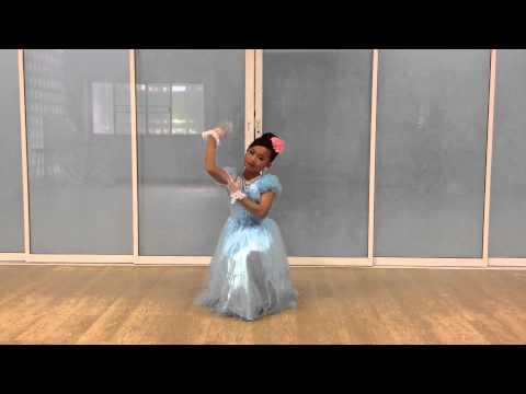 ชิชาเต้นจินตลีลาเพลงคุณธรรม4ประการ ( โรงเรียนเมืองโบราณ )