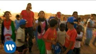 Смотреть клип Macaco - Mundo Roto
