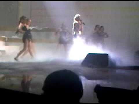Shakira did it again @ MTV Europe Music Awards 2009, Berlin