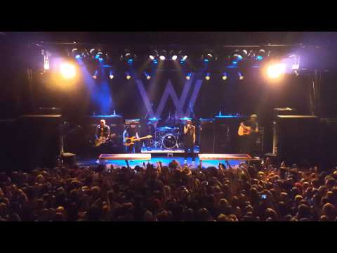 Sleeping With Sirens, The Strays LIVE in Auckland, New Zealand 16.09.15