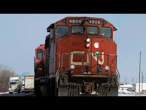 CN Rail Cuts Jobs Due To Weakening Economy
