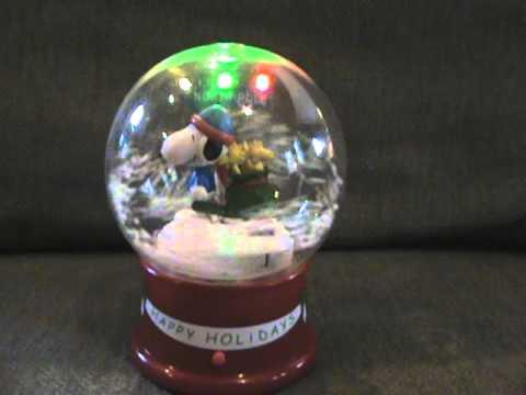Snoopy snow globe singing Christmas songs