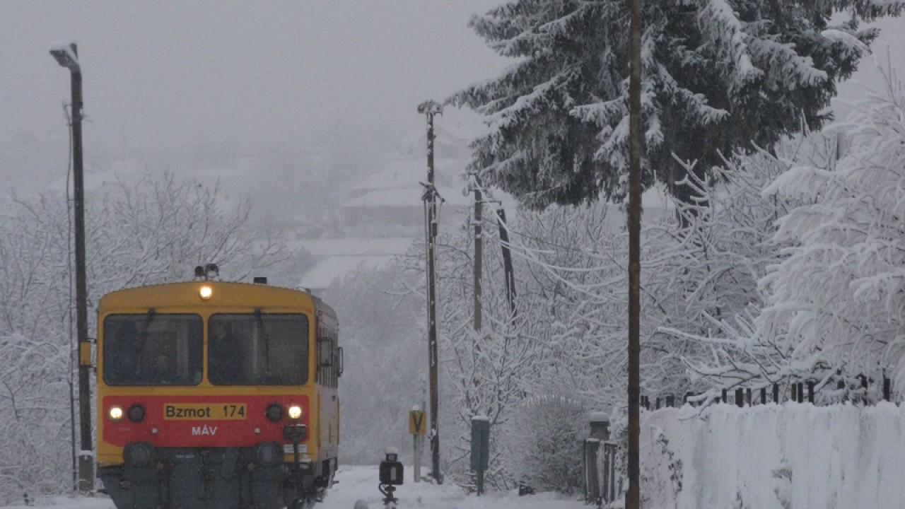 Pécsváradi vonat a hangosban