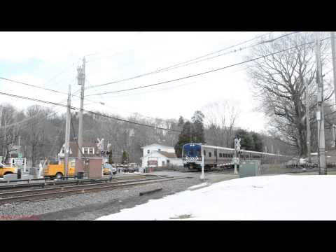 """Metro North """"Stops & Proceeds"""" @ Lakeview Ave Due to Malfunction (Harlem Line)"""