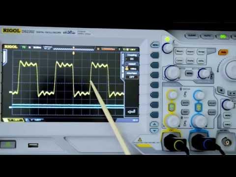 Oscilloscope triggering holdoff trap