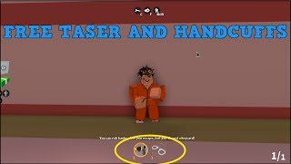ROBLOX JAILBREAK HOW TO GET HANDCUFFS AND TASER AS PRISONER!