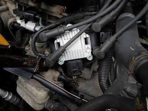 Где находиться коммутатор системы зажигания у Тойоты