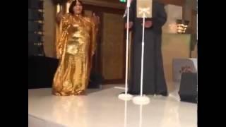 بالفيديو.. السلطانة تحرج 'حسين الجسمي' في حفل زفاف