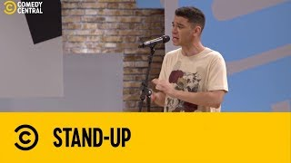 Igor Guimarães apresenta a canção anti-bullying   | Stand Up no Comedy Central