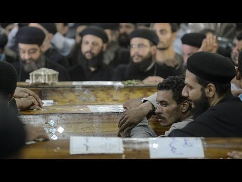مصر: الأقباط يشيعون ضحاياهم وسط مخاوف من تكرار الاعتداءات  - 20:21-2017 / 5 / 28