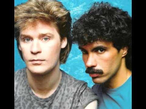Daryl Hall & John Oates - Out of touch {1984}