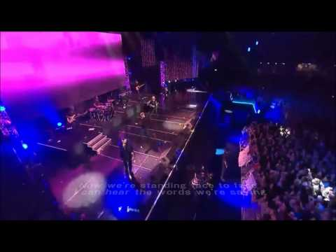 Westlife - Beautiful Tonight with Lyrics (Live)