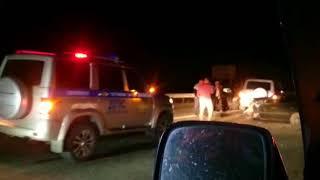 На Камчатке не смогли разъехаться грузовик, четыре внедорожника и две легковушки