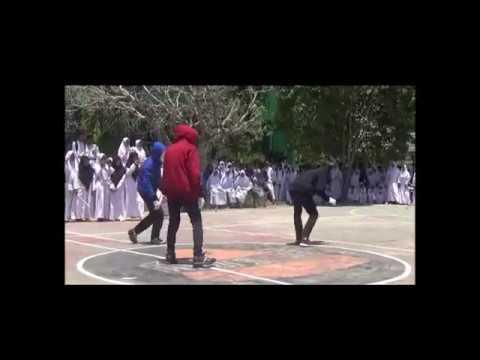 DANCING BATTLE SISWA MAN 2 KOTA BIMA