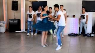 Ng quince Darte un beso (bachata)