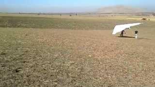 Дельтаплан первые шаги!!!(Кыргызстан Бишкек 20.10.2013 г. учимся летать на дельтаплане., 2013-10-21T18:24:28.000Z)