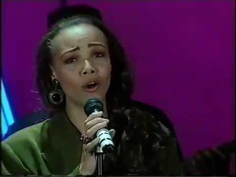 Kim Appleby 1991 World Music Awards