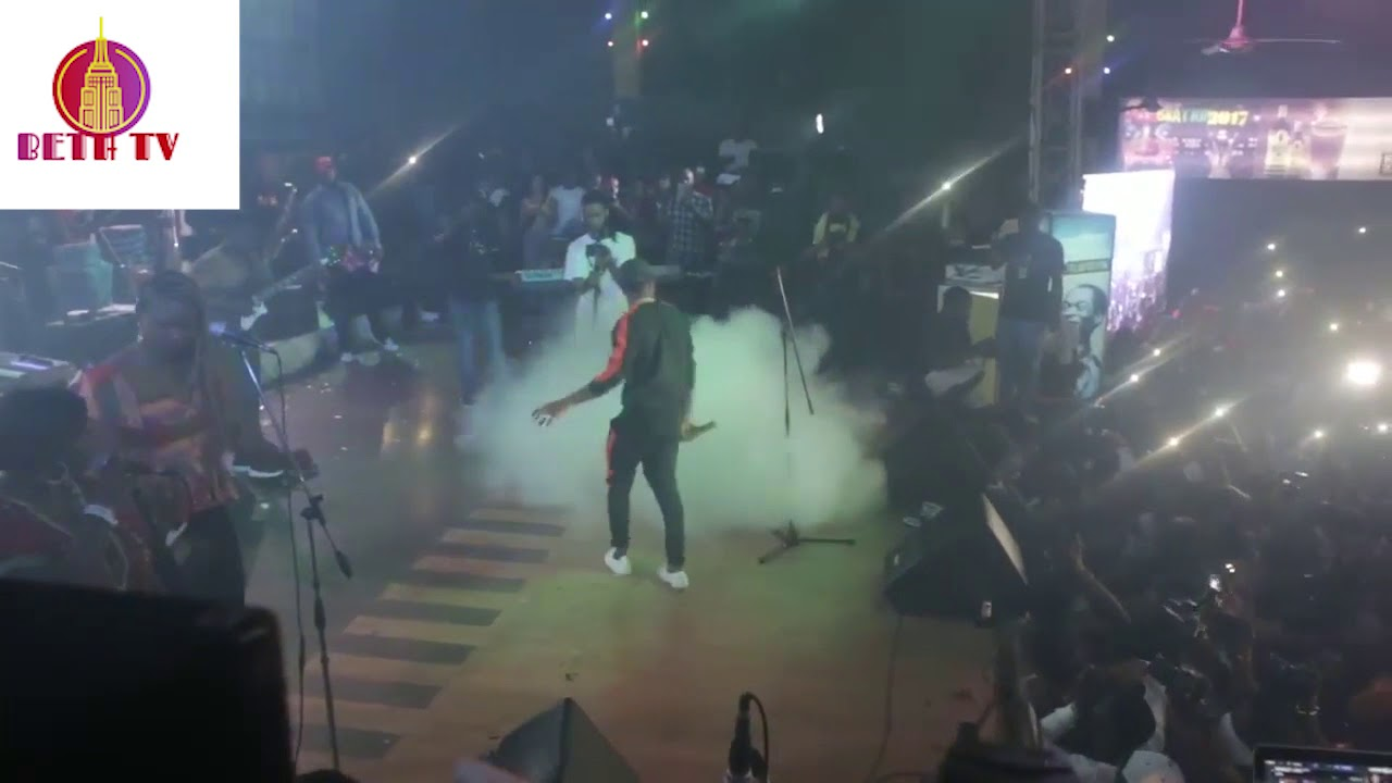 Download WIZKID PERFORMS AT FELABRATION 2017 AND LEFT AMIDST GUNSHOTS LEAVING FANS WOUNDED