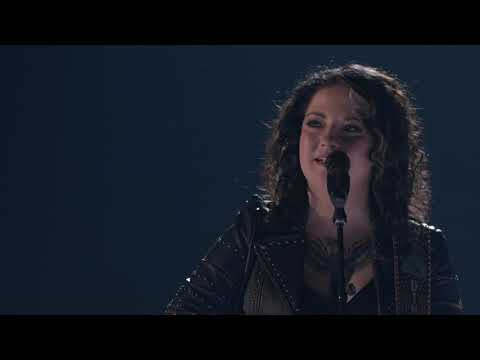 "Ashley McBryde - ""Girl Goin' Nowhere"" (ACM Awards 2019 Performance)"