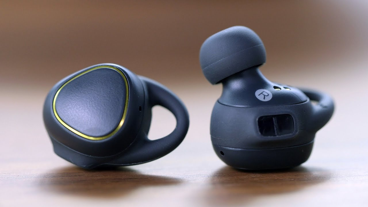 Samsung Gear IconX (2018): Tutorial - set up the Gear IconX - YouTube