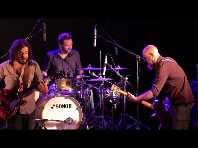 Les Zingueurs en live - Morrisson's (trad irlandais)