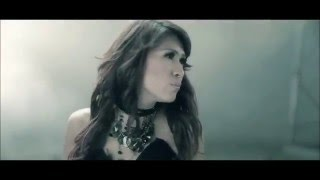 Download lagu Tata Janeeta - Penipu Hati [Official Music Video]