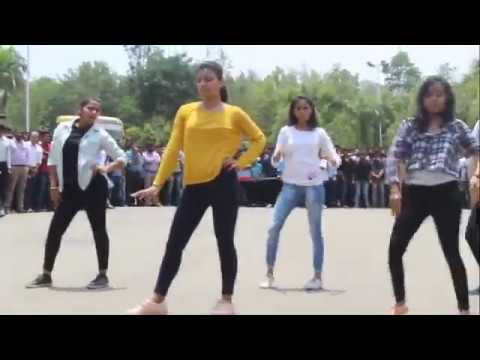 AIT chikmagalore || flash mob 2k17 || Chunchana