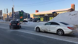 Таксист Uber протаранил Mercedes Запись с видеорегистратора Сургут