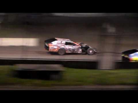 Modified Amain @ Iowa State Fair Speedway 06/03/16