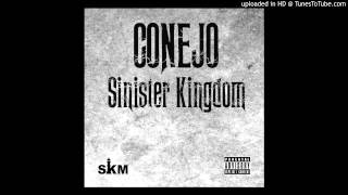 Watch Conejo No Casket video