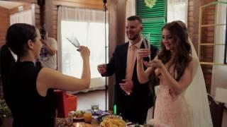 Сюрприз молодым - вручение молодым свадебных бокалов с ручной гравировкой