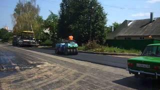 Укладка асфальта в Калуге двумя дорожными катками