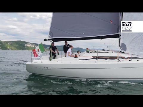 [ENG] ITALIA YACHTS 9.98 Fuoriserie - 4K Resolution - The Boat Show