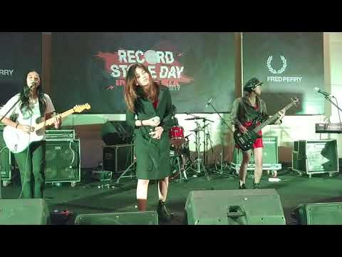 Download Pusaka Pertiwi - Zirah @suarazirah | Record Store Day Indonesia 13 April 2019 Mp4 baru