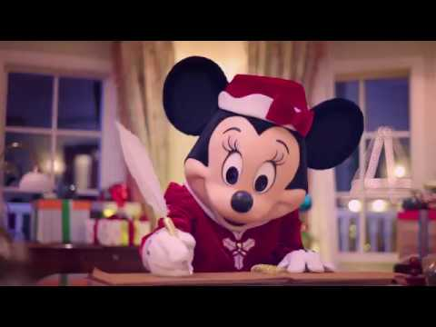 The most authentic Christmas celebration ever at Hong Kong Disneyland Resort (Minnie version)