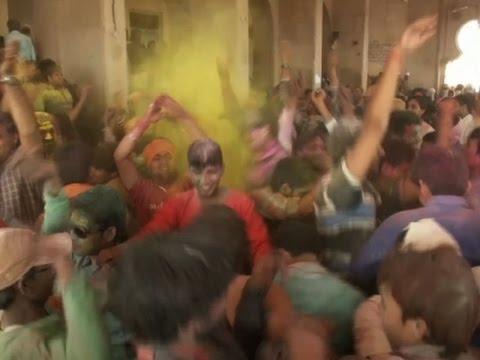 India's Holi Festival Celebrates Spring