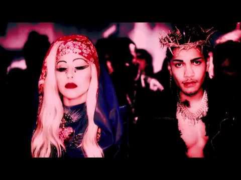 Hooker at the Church Corner (Lady Gaga: Born This Way Megamix)
