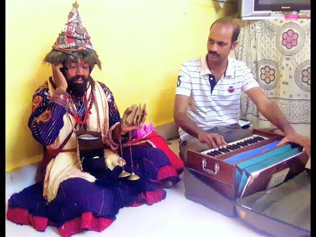 Vasudev singing like Professional singer