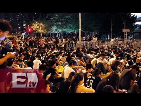 Manifestantes de Hong Kong exigen la renuncia de Leung Chun Ying/ Global