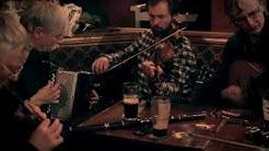 Dolan's pub (Limerick, Ireland) - Irish Traditional Music Session