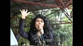 Pacar Dunia Akherat / Rita Sugiarto Live!