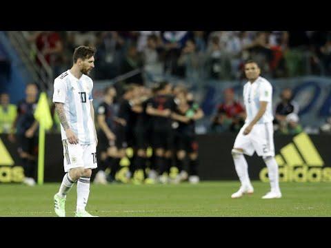 Brasil 'invade' jornal argentino e vence enquete de favorito no Mundial | SBT Notícias (06/07/18)