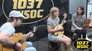 "103.7 WSOC: Joanna Smith sings ""Georgia Mud!"""