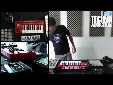 Techno Addiction Radio / Endroi - Live / Session 7