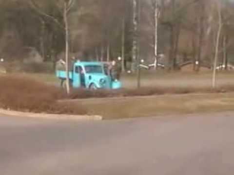 DKW F8 Pritschenwagen im Einsatz