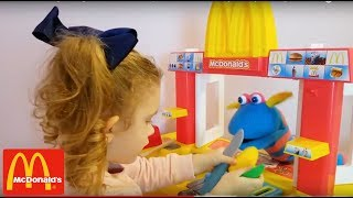 McDonald's Serving Cooking Pretend Foods and Toy Kitchen Fun Pretend Play with Toys Cooking