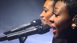 Adele-Hello (LIVE)