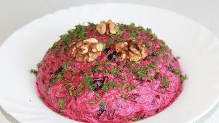 Салат из свеклы - просто,вкусно и полезно! (beet salad)