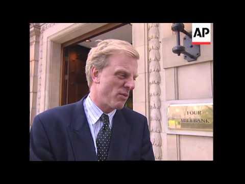 UK: JOHN MAJOR: CRITICAL HOUSE OF COMMONS VOTE